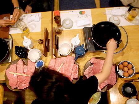 焼肉 多牛 駅南店:お母さんのすき焼き