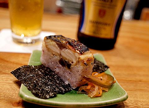 酒と博多飯 燦々(サンサン):鯖の炙り寿司