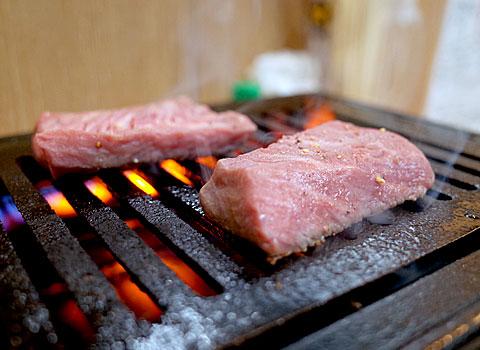 肉肴 なおちゃん:希少部位のやつ