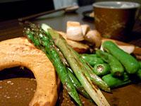 『 三ケ森蕎麦 』鉄板焼 焼き野菜の盛り合わせ